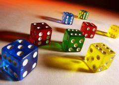 <span>Có nên chơi casino trực tuyến hay không?</span>