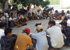 <span>Tin cá cược nhà cái W88: Hàng chục người tụ tập đá gà trong tâm dịch nCoV</span>